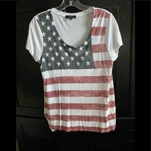 🇺🇸AMERICAN FLAG Distressed T-Shirt  Medium 🇺🇸
